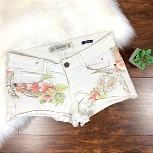 Zara premium wash white floral denim shorts 🤖